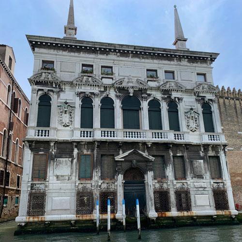 Palazzo Belloni Batagia, Venedig